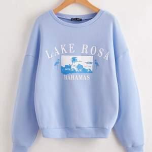 Säljer denna ljusblåa sweatshirt 🤍