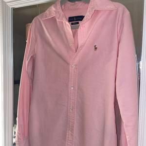 Rhalp lauren skjorta storlek Xs, helg ny aldrig använd. Nytt pris 500kr