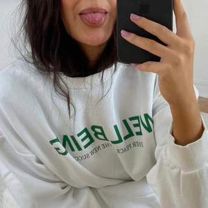 Säljer denna populära sweatshirten från Gina ⚡️ Helt slutsåld!