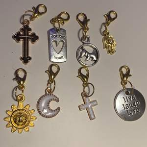 Super fina nyckelringar! Köperen står gör frakten!