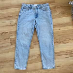 Jeans från asos i herrmodell. W32 L32