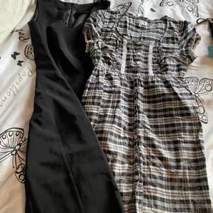 As gulliga klänningar i jättefint skick! Strl 34 o xs :) båda för 100 med frakten inräknad!!