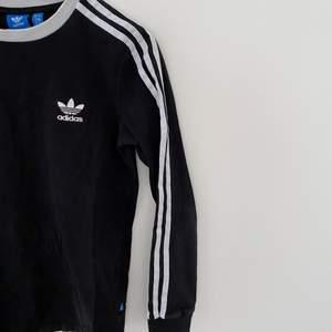Adidas tröja, storlek S