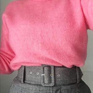H&m pink mohair wool mix sweater. Size S, but it can easily fit M as it is a bit oversized. I fix the tear on the shoulder which is not noticeable.  Pick up available in Kungsholmen  Please check out my other items! :)