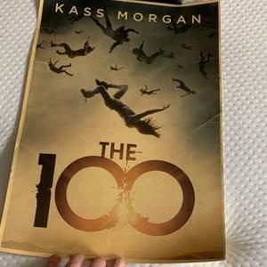 The 100 poster 30kr+ frakt 24kr