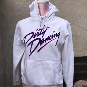 Dirty dancing hoodie från H&M, storlek xs. Köparen står för frakt💕