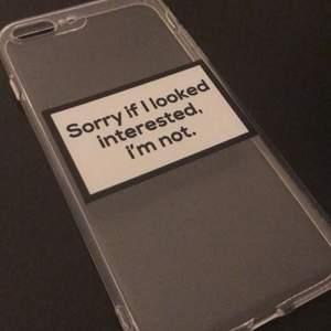 Jättefint och coolt skal, säljer då jag fått ny mobil. Aldrig använt heller. Funkar till iPhone 7+ och iPhone 8+