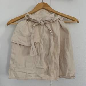 Cool Cargo kjol från H&M, Knapp använd. Storlek 34 🪐