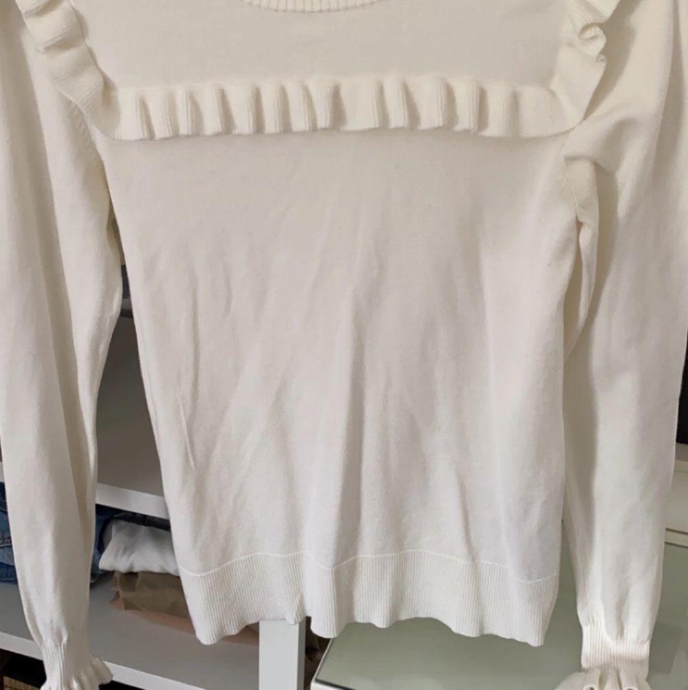 Fin tröja från inwear som använts 1-2 gånger. Väldigt mjuk! . Tröjor & Koftor.