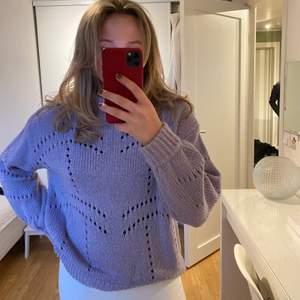 Stickad tröja från Gina Tricot, storlek M! Ljuslila!