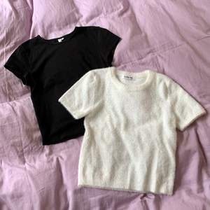 Gullig basic vit och svart baby tee i nyskick! Den vita är i lite fluffigt material och i XS, den svarta är i vanligt tyg och i XXS. 70 för en eller 100 för båda! 🖤