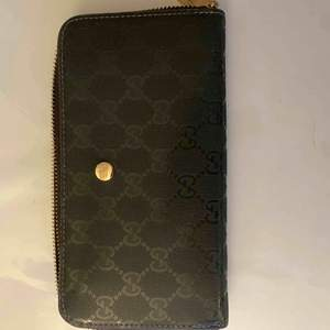 Fake Gucci plånbok