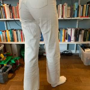 Snyggaste byxorna som blivit för små, verkligen så najs och somriga😪😪