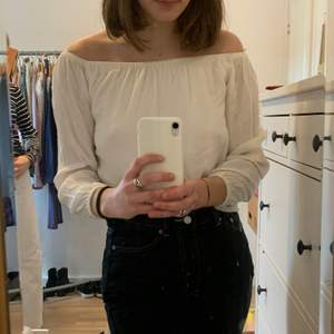 Superhärlig somrig tröja i jätteskönt material💕