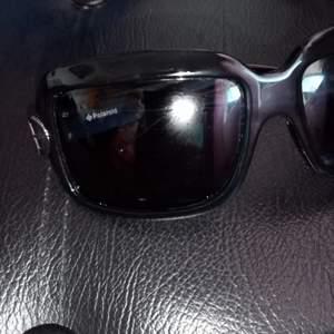 Polaroid solglasögon. Ingen repor. Fint