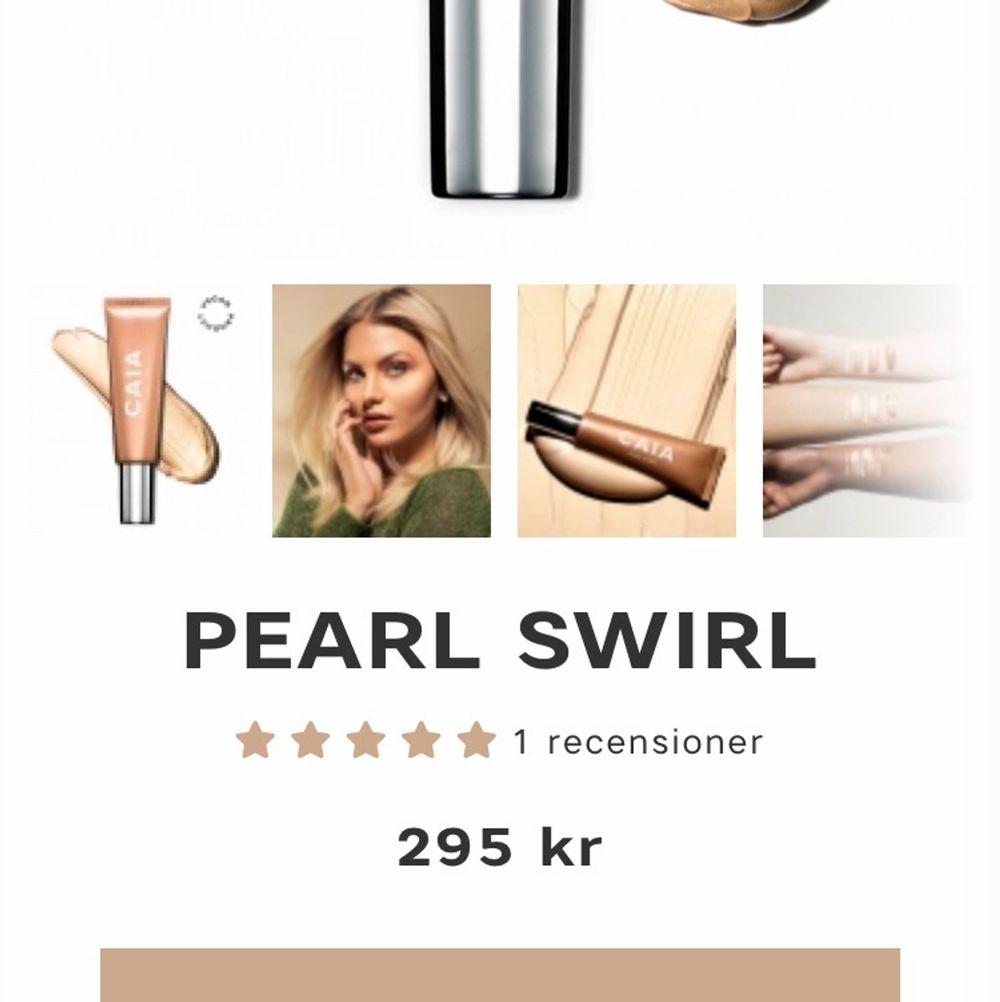 Caia cosmetics oöppnade highlighter liquid 250 med frakt inräknat🌟 köp 2 för 450 pearl swirl /bud om fler är intresserade . Övrigt.