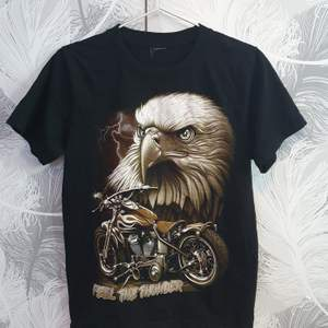 Här är en jätte fin vintage Tshirt så jag bara använt ett fåtal gånger! (Jag står inte för frakten)