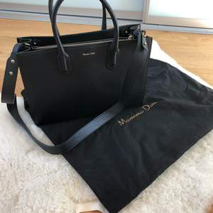 Massimo Dutti bag for sale only used twice. Minimal scratches, tag is still in the bag. Has adjustable crossbody strap.