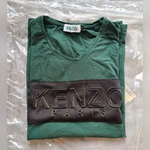 T-shirt Kenzo. Ej äkta. Storlek L. (+frakt 22kr)