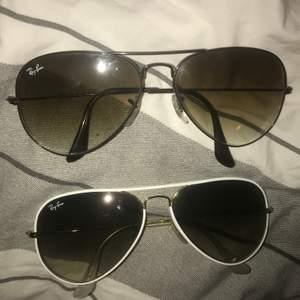 Äkta rayban solglasögon i bra skick. Säljes för 150kr styck.