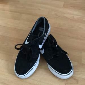 Nike Janoski, Size 38 - US 5.5.