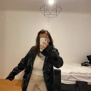 Köpt ifrån junkyard, så snygg men inte riktigt min stil. Köparen står för frakt eller möts upp i Göteborg!