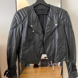 Short leather jacket, brand Acne, black, size 36. Vey good condition
