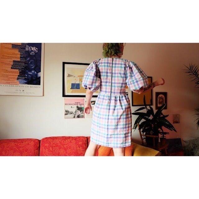 Bomullstyg, återvunnet tyg från farfars källare. Egensydd klänning. Oversize . Klänningar.