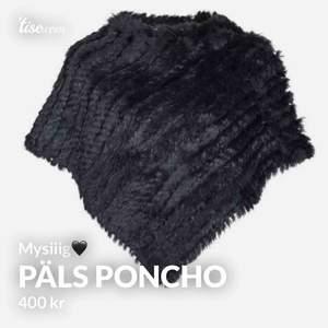 Säljer nu min svarta päls poncho! Stl s/m! Mycket mysig🖤🖤