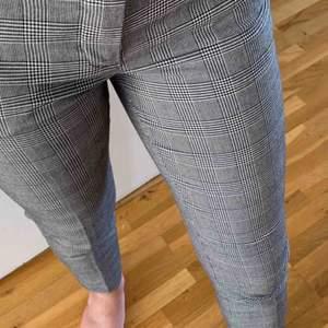 Super snygga Kostymbyxor från Bondelid, säljer då det är för små :( ❤️ 200kr inklusive frakt