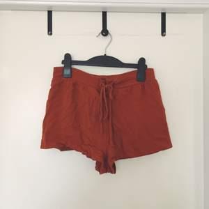 Shorts från Forever21. Aldrig använt. Köpt i Thailand.