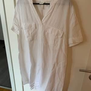 H&M klänning/tunika i storlek 38