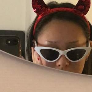 Jävligt snygg cat eye glasögon i bra skick😼
