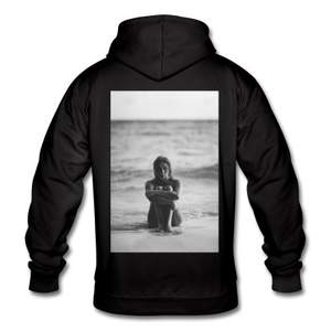Jag och mina kompisar kommer under året driva ett uf-företag där vi kommer sälja hoodies och t-shits med olika tryck!💓 De kostar 349kr (+frakt) Följ gärna även vår insta @xhood_uf 💓💓💓⭐️