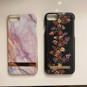 Jag säljer tre fina iPhone skal, 2 av dom på första bilden är för iPhone 7 och den på sista bilden är för iPhone X. Säljer pågrund av att dom aldrig används längre och jag har en ny mobil så det passar tyvärr inte. Skalen från ideal of sweden säljer jag för 50 kr medans det rosa skalet säljer jag för 30 kr.