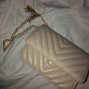 Helt ny väska från glitter. Aldrig använd!
