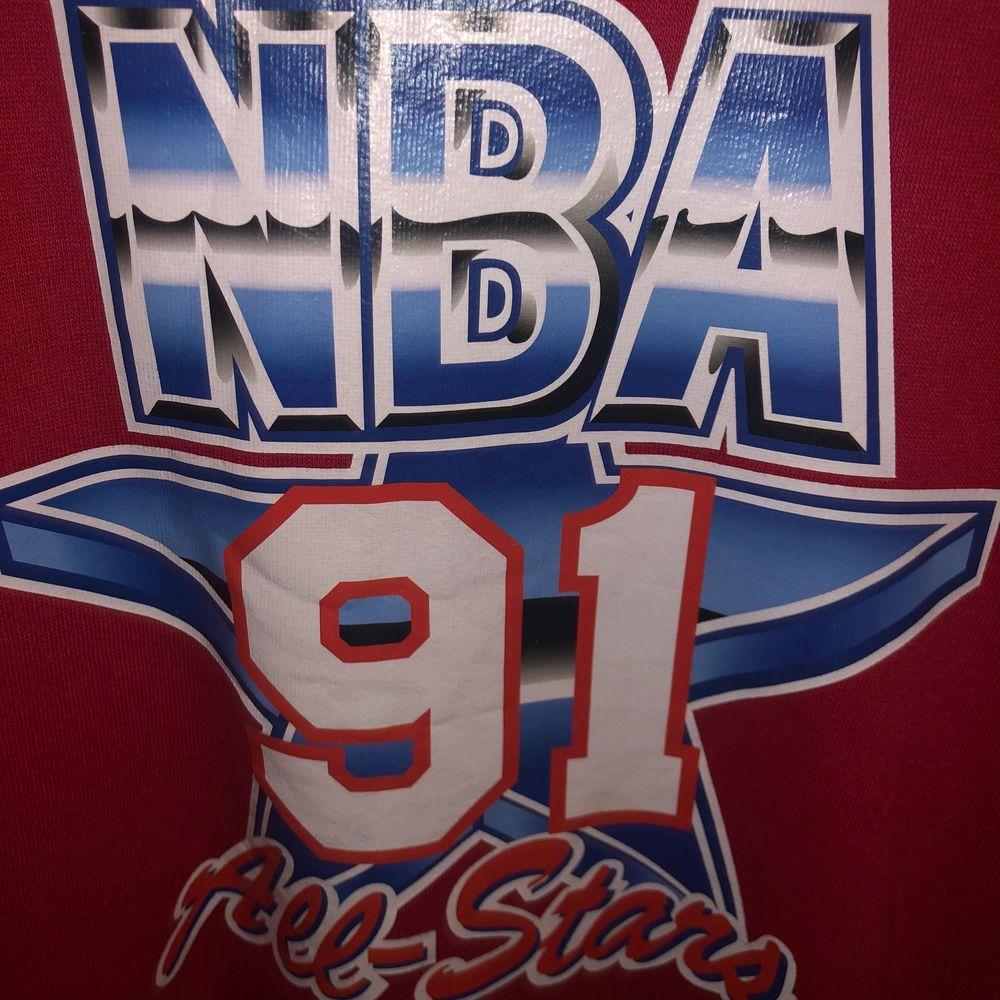 Vintage NBA sweatshirt från 1991 Storlek S priset kan diskuteras vid snabb affär. Huvtröjor & Träningströjor.