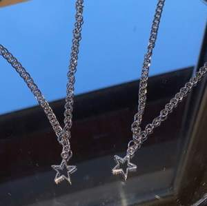 Ett superfint stjärnhalsband för endast 25 kr!!🌸 meddela för mer info eller bilder!❤️
