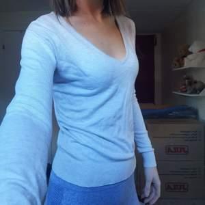 Fin grå tröja