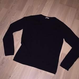Filippa K tröja, ett plagg i gott skick.