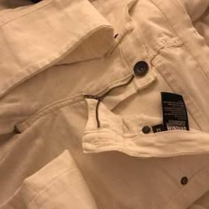 Vita jeans från dr denim, (knappt använda)