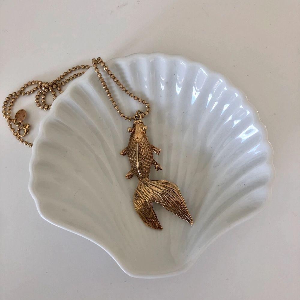 Halsband från Blue Bille. Slutsålt överallt. Äkta silver med guldplätering. Mått cirka 38 cm.. Accessoarer.