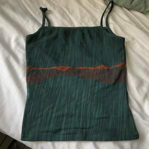 Snyggt linne från humana storlek XS-S, bra skick, köparen står för frakten.