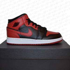 ⚪️Jordan 1 Mid Banned Bred  ⚪️Oanvända med kvitto ⚪️Storlekar 38 - 44  #Jordan #Nike #Sneakers FRI FRAKT ERBJUDANDE APRIL