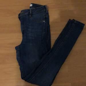 Blåa Molly jeans , använd några gånger