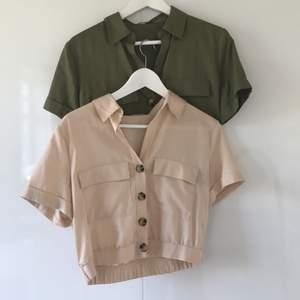 Två jättefina cropped skjortor från Bershka. Kommer inte till någon användning mer och har använts en gång vardera✨🤍 Pris för båda två: 100kr