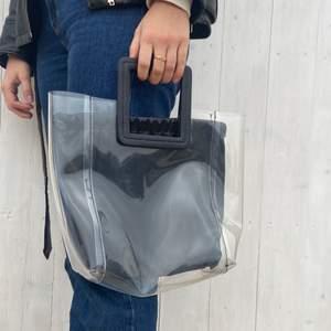 En väska från Ginatricot! Så cool!!!