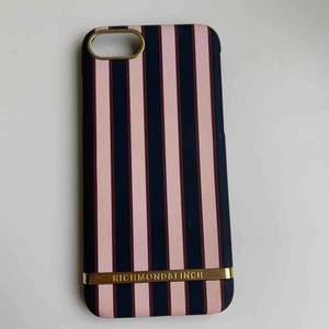 iPhone 6/7/8 Lite använt, bra skick. Köparen står för frakt 10kr! (Priset kan deskuteras)