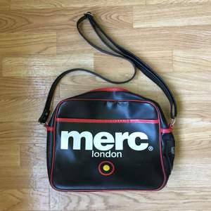 Väska från merc! Bra skick. 100kr + frakt!