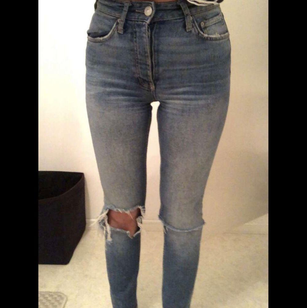 Blåa jeans från gina, väldigt bra skick . Jeans & Byxor.